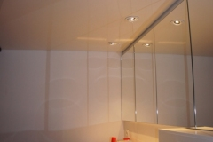 Salle-de-bain-blanc-laque